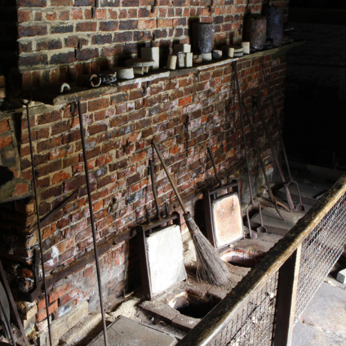 Crucible-furnace-AIH1_500x500_acf_cropped